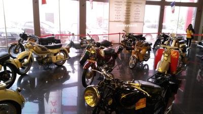 Aneka Tipe Motor (Cusmann, Peugot, James, Honda, Rudge, Douglass, dll)