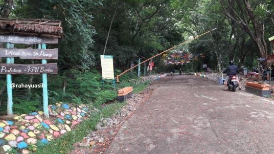 Gerbang Masuk 2
